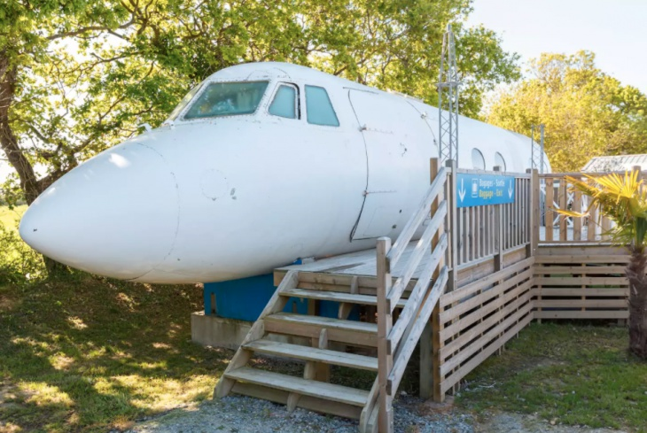 Airplane hotel room available hire