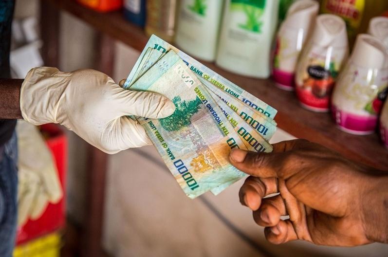 Top 8 world's weakest currencies