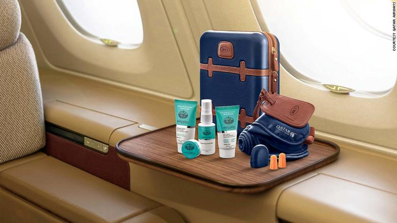 10 luxurious Airline amenity kits