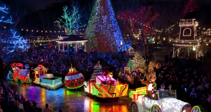 Cities worldwide with the best Christmas decorations
