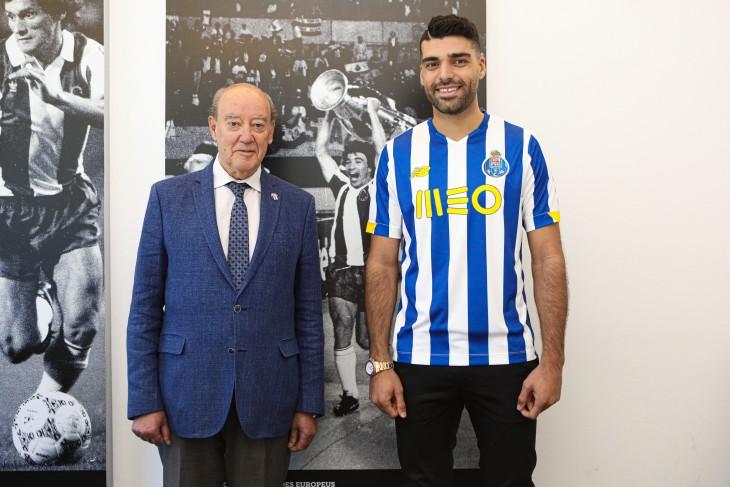 Mehdi Taremi completes transfer to Porto
